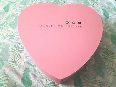 Limited Edition Georgetown Cupcake Valentine Pink Heart Box