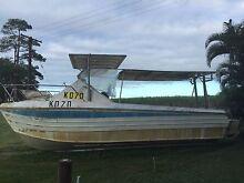 28 ft aluminium cat Mossman Cairns Surrounds Preview