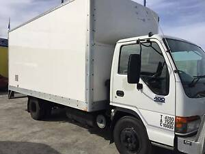 ISUZU NPR 400 truck with LOW KM  ALL THE EXTRA FITTINGS Maddington Gosnells Area Preview
