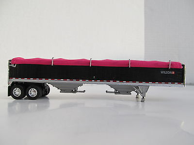 DCP 1/64 SCALE WILSON GRAIN TRAILER BLACK WITH PINK TARP AND SILVER HOPPERS 3