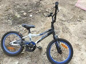 Boys Giant bike Surrey Hills Boroondara Area Preview