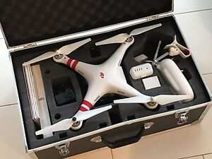 DJI Phantom Vision 2+ incl battery, solid case and spare rotors Manly Vale Manly Area Preview