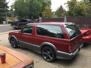 1993 gmc Typhoon.