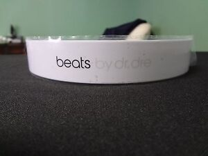 Replacement-Beats-by-Dre-Studio-Headband-1st-Gen-ONLY-White-PARTS-ONLY