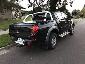 Mitsubishi triton gls RWC & REGO automatic leather interior 4x4 Craigieburn Hume Area Preview