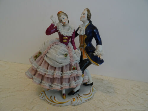 LG ANTIQUE / VINTAGE DRESDEN FIGURINE PORCELAIN LACE COUPLE AT BALL - GERMANY
