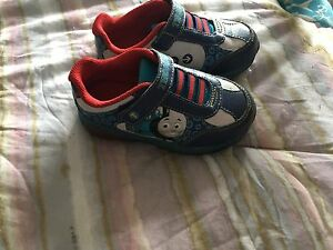 Toddler boys shoes/boots