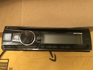 Alpine CDE154-BT Head Unit