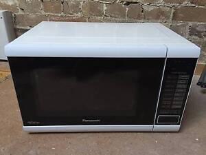 Panasonic Microwave Oven - NN-ST641W Mosman Mosman Area Preview