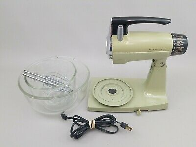 Vintage Mixmaster SUNBEAM Green Avocado Kitchen Stand Mixer Set