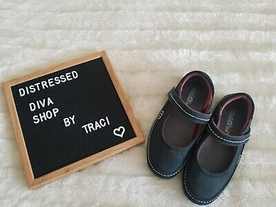 Orthofeet  Black/Wine Mary Janes Shoes  Womens Size 5.5  -