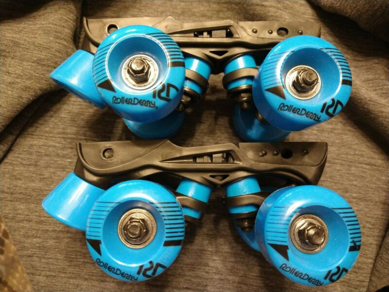 New Roller Derby Skate Replacement Truck Plate Wheels Blue