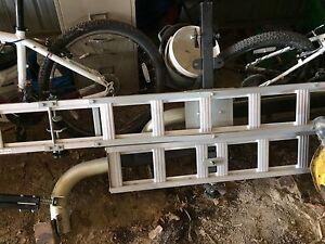 Dirt bike hitch carrier