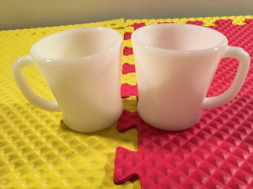 Vintage Set of 2 Fire King Oven Ware D Handle White Mugs Made USA Free Shipping