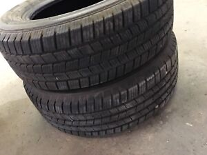 245/65/R17 Michelin defenders