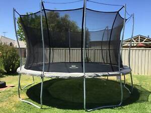 Vuly trampoline With Tent Bundle Exc Cond