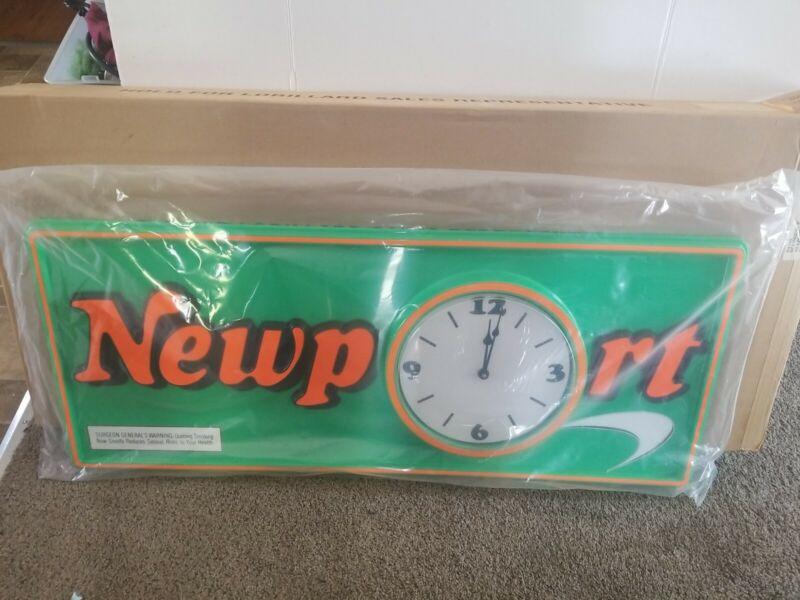 Newport Cigarettes smoking store advertising clock bar Sign new & box