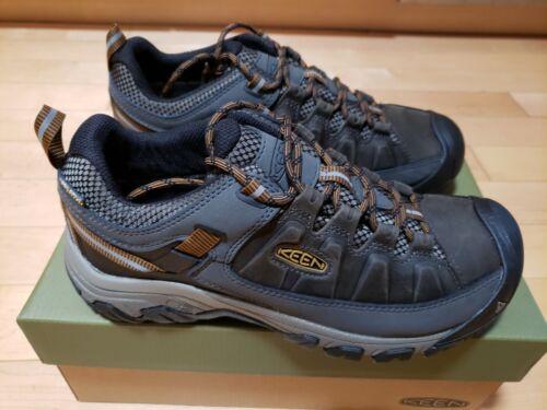New KEEN Men's Targhee III WP Shoes Color: Black olive/Golde