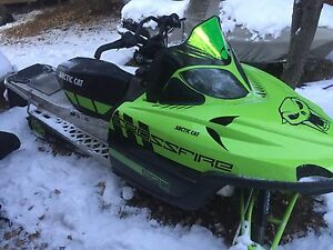 For sale 2011 arctic cat crossfire 800 sno pro