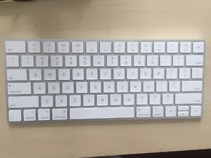 Apple Magic Keyboard (almost brand new)