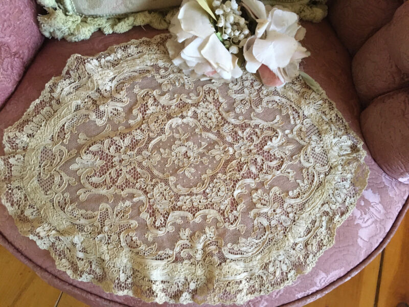 Lg Antique French Tambour Lace Table doily Cotton Netting #F7