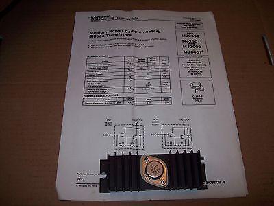 Motorola Mj300 Medium Power Silicon Transistor With Heatsink Socket P1478