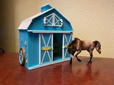 breyer stablemate horse & barn
