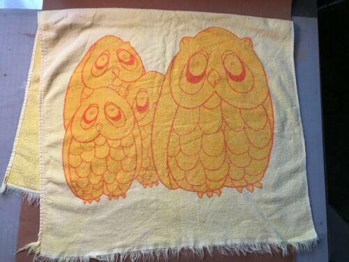 Vintage Slumber Pets - Stevens Utica Fabrics - Yellow Owls Bath Towel