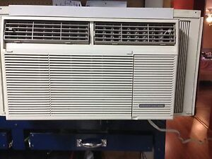 Emerson Quiet Kool 8000 btu Air Condition $75