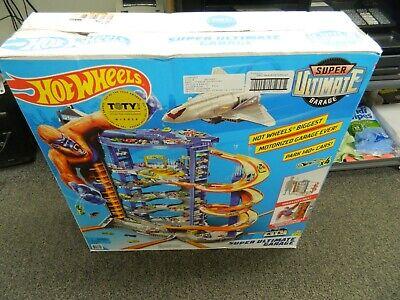 Hot Wheels Super Ultimate Garage Playset Play Set FML03-DE3A *BRAND NEW*
