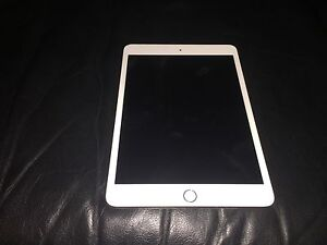 Gently Used iPad Mini 3 w/ Free Case Southbank Melbourne City Preview