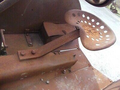 Mccormick Deering Farmall 1020 Ih Tractor Original Seat Assembly W Metal Pan