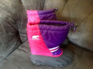 Girls Sorel Winter Boots Size 3 Like New