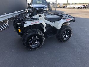 2015 can-am Outlander xt 800r  (garantie)