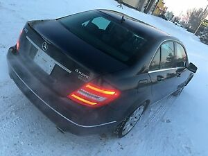2013 MERCEDES-BENZ C300 4 MATIC AWD LIKE NEW