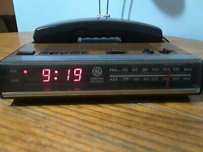 Vintage GE General Electric Phone Alarm Clock Radio 7-4711C Wood Grain RED LED