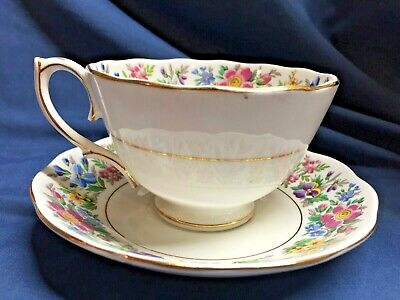 Cup Saucer and Side Plate Trio Made in England Vintage,VGC. Crown Royal Bone China 3 Piece Set