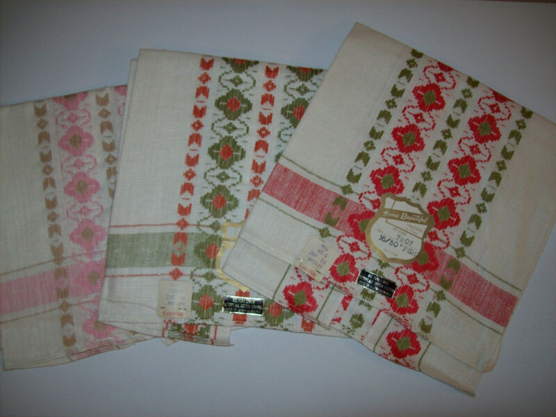 Vintage Linen Kitchen Towels NOS - Lot Of Three - With Tags