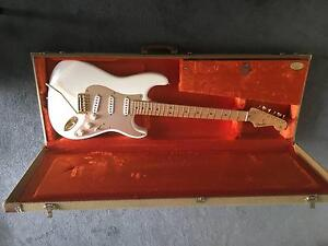 """Fender Stratocaster Vintage Series """"Mary Kaye"""" Hawthorn Boroondara Area Preview"""