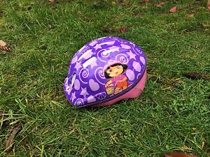 Dora the Explorer girls helmet