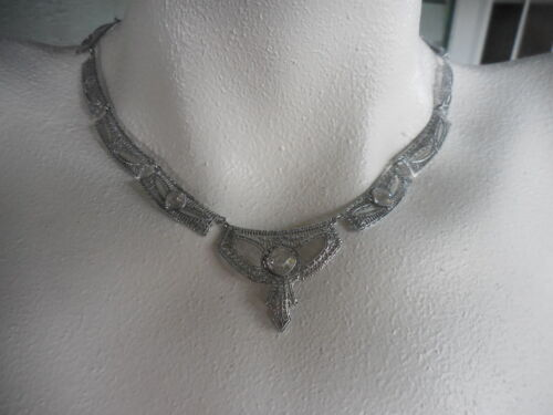 Vintage Art Deco Filigree Necklace w Crystal Faceted Glass Stones