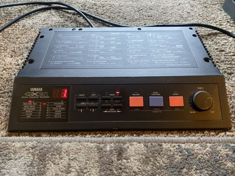 Yamaha QX21 digital sequencer , Sequence recorder Good condition Tested working
