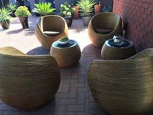 Beautiful Beehive Outdoor Lounge Wanneroo Wanneroo Area Preview
