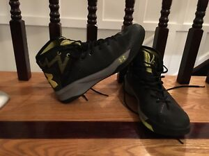 Pair of under armour basketball shoes