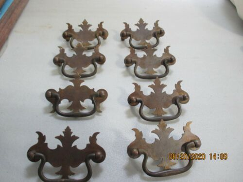 LOT OF 8 OLD BRASS  PULL KNOBS / DRAW PULLS  HANDLE PULL