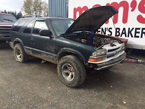 Parting out jimmys s10 Sonoma and blazers