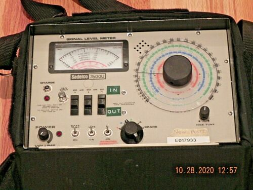 SADELCO 7600U SIGNAL LEVEL METER WITH CARRYING CASE AND CHARGER