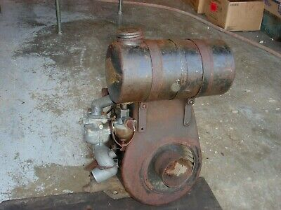 Rare Vintage Briggs Stratton Engine Gas Motor Model N Lot 1