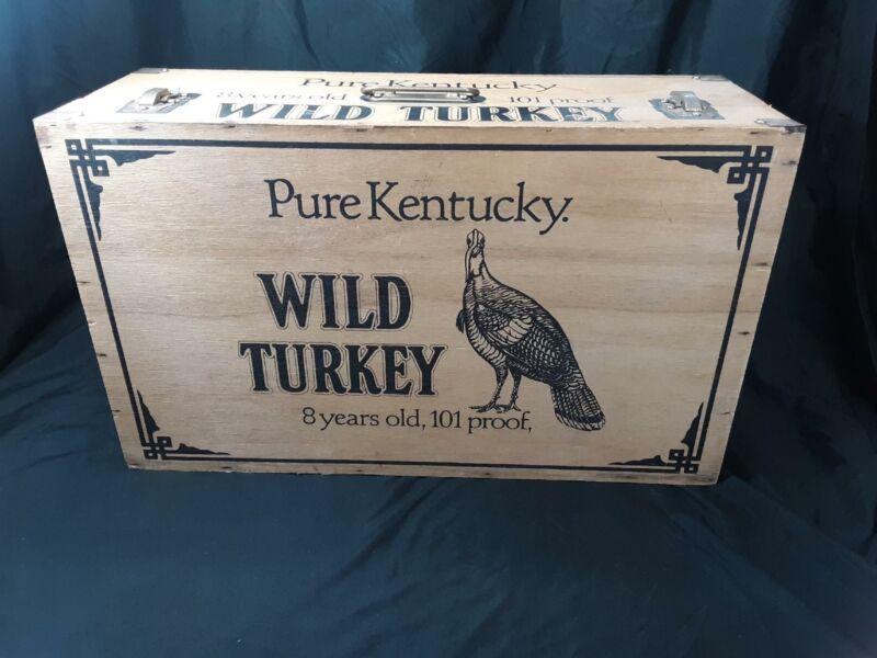 VINTAGE WILD TURKEY BOURBON WHISKEY 8 YEARS OLD /DISPLAY CASE/ WOOD CRATE BOX