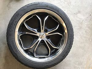 "17"" rims with tire"
